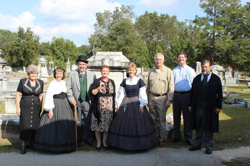 Group Photo at the Berea Cemetery Tour Event
